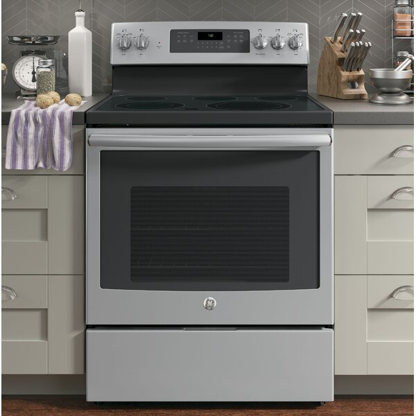 30 Free-Standing Electric Range by GE Appliances30 Free-Standing Electric Range by GE Appliances