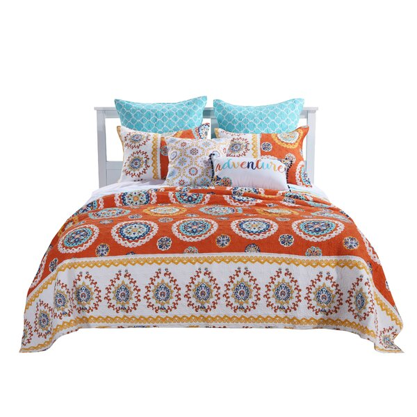 Silver Hills Reversible Quilt Set by Bungalow Rose
