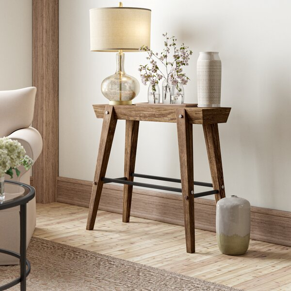 Review Kerns Wooden Console Table