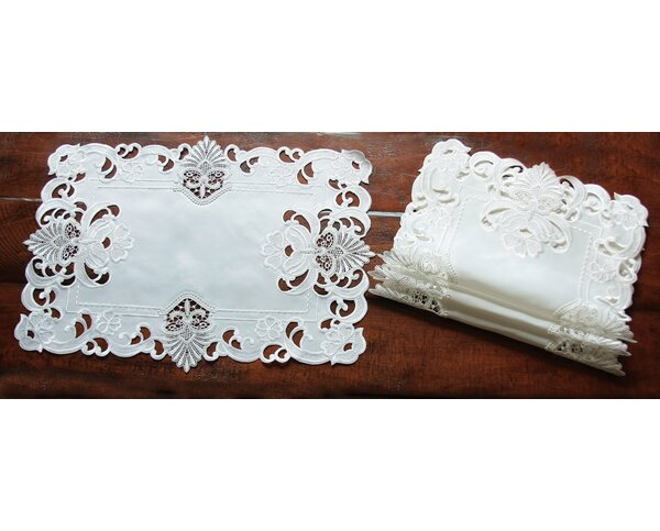 Delicate Lace Embroidered Cutwork Placemat (Set of 4) by Xia Home Fashions