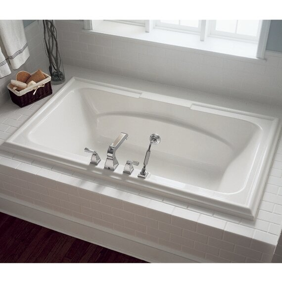 Town Square 75.75 x 46.25 Everclean Air Bathtub by American Standard