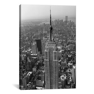 Empire State Building (New York City) Photographic Print on Canvas by East Urban Home