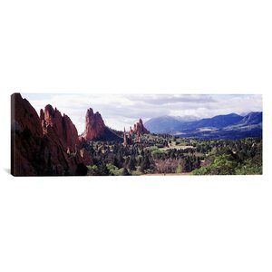 'Garden of the Gods, Colorado Springs, Colorado' Photographic Print on Canvas by East Urban Home