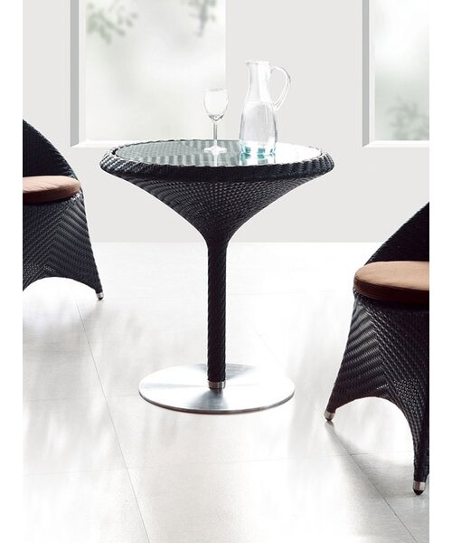 Party Dining Table by 100 Essentials