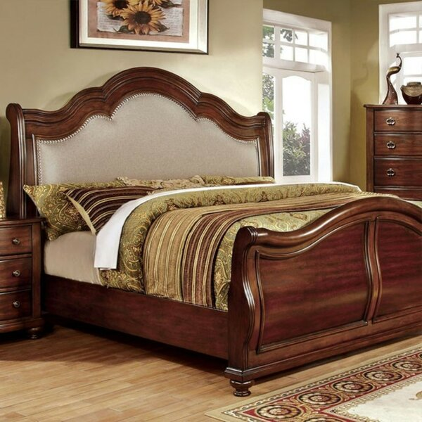 Bentlee Upholstered Platform Bed by Astoria Grand