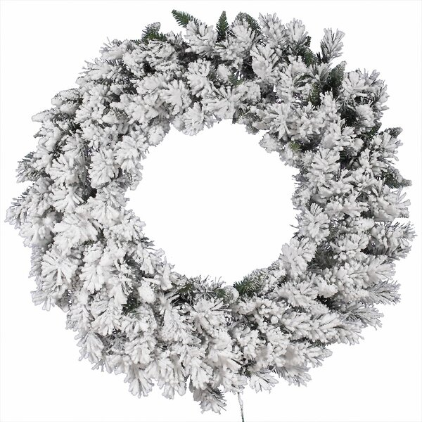 Flocked Snow Ridge Wreath with 224 Tips by Vickerman