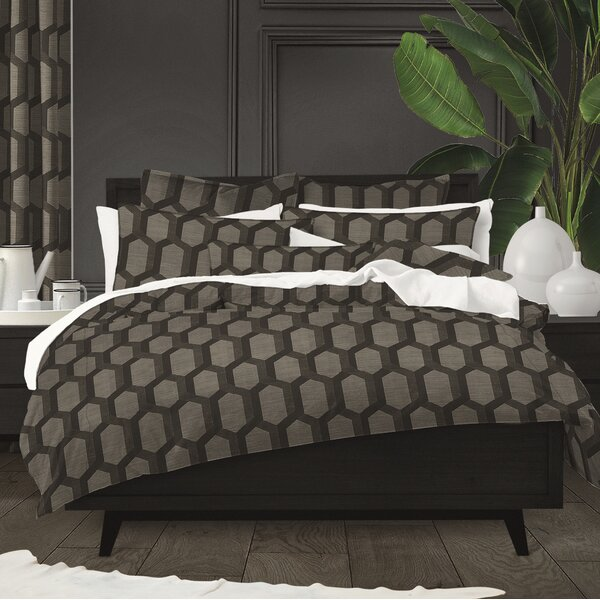 Pennrock Comforter Set