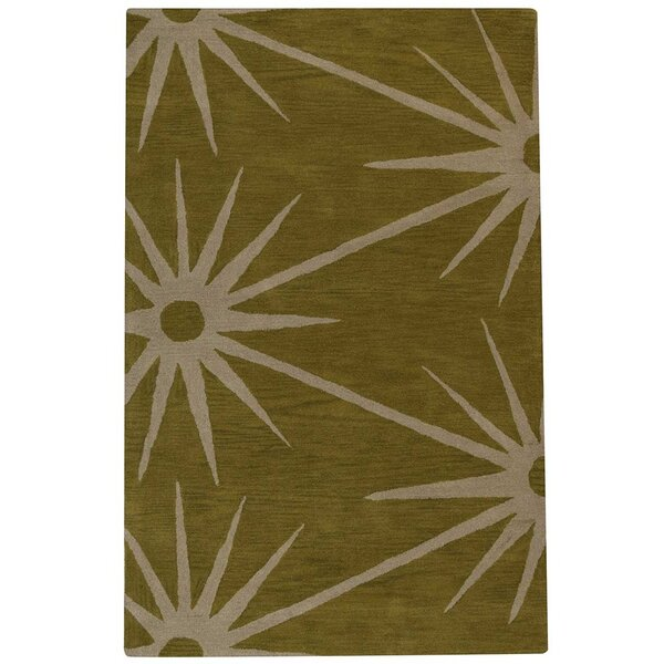 Arizmendi Hand-Woven Wool Green/Beige Area Rug by Wrought Studio
