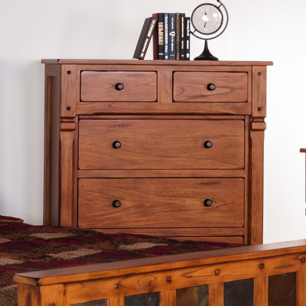 Fresno 6 Drawer Chest by Loon Peak
