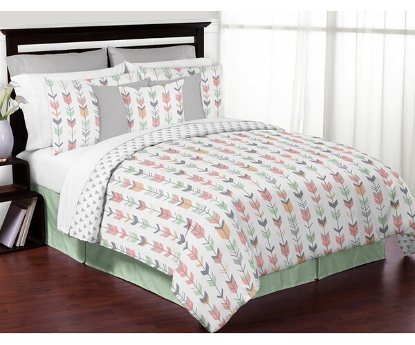 Mod Arrow Reversible Comforter Set by Sweet Jojo Designs