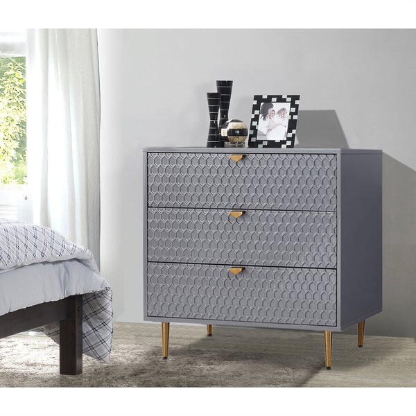 Lavoris 3 Drawer Bachelors Chest by Brayden Studio