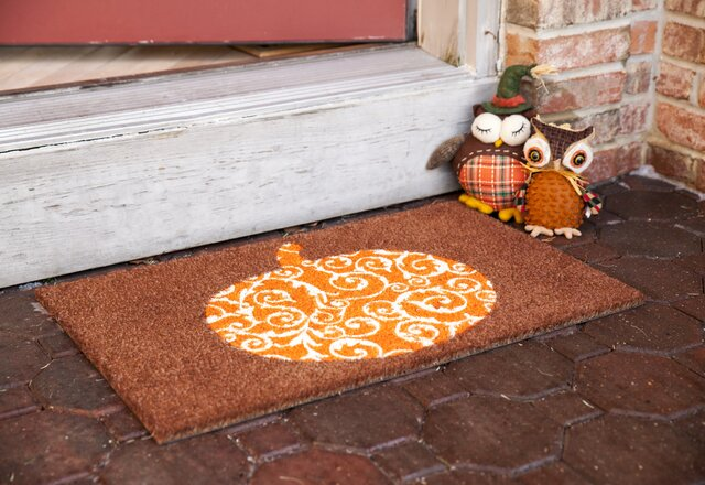 Outdoor Fall Decor for Less