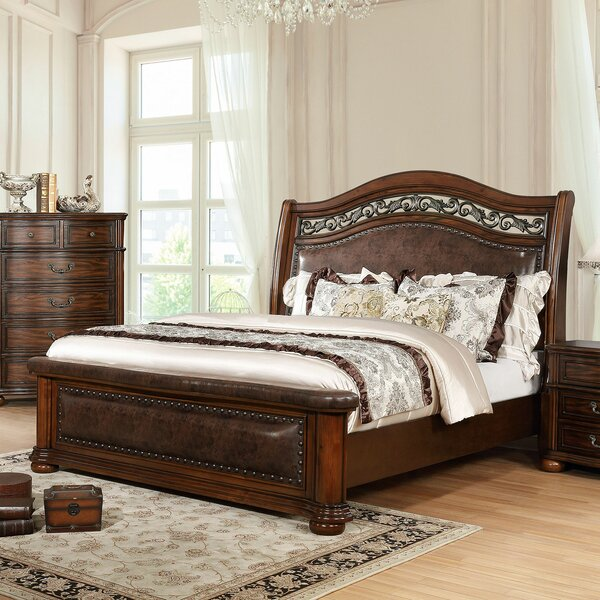 Henn Upholstered Platform Bed by Astoria Grand