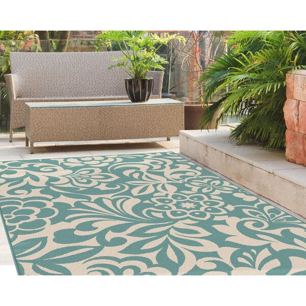 Barnsley Aqua/Cream Indoor/Outdoor Area Rug by Highland Dunes