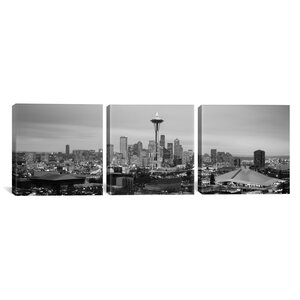 'Seattle Skyline Cityscape Evening 3 Piece' Photographic Print on Wrapped Canvas Set in Black and White by East Urban Home