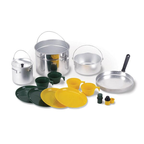 Deluxe 16 Piece Cookware Set by Stansport