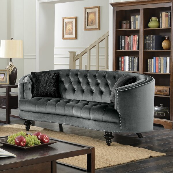 Treshon Chesterfield Loveseat by Everly Quinn