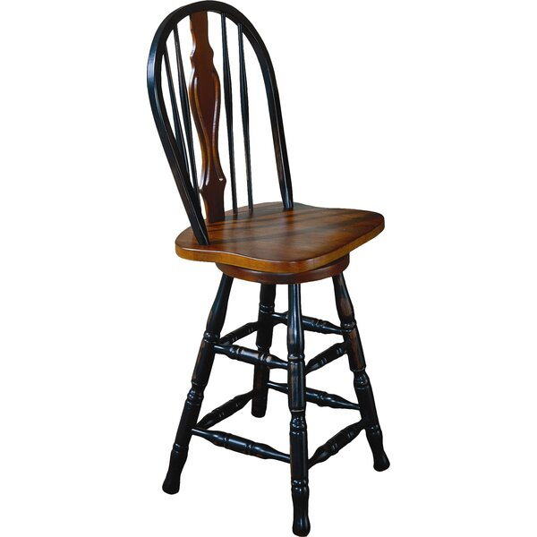 Lockwood 24 Swivel Bar Stool by Loon Peak