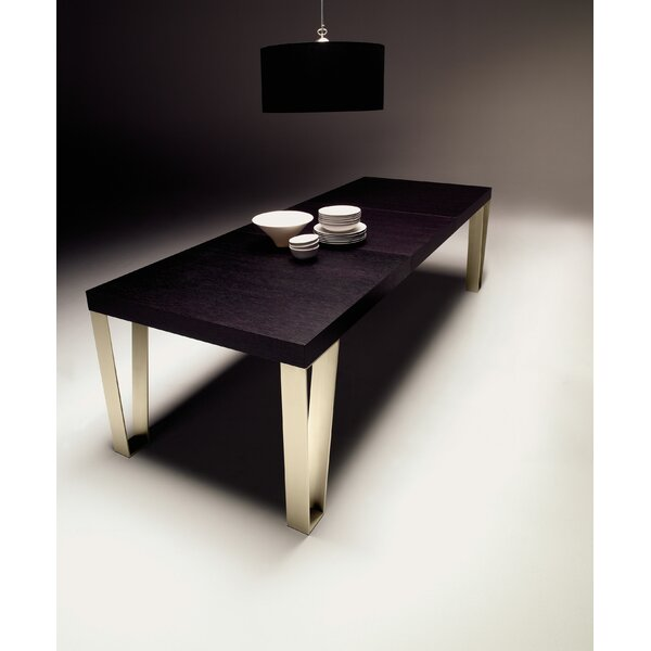 Kyte Dining Table by YumanMod