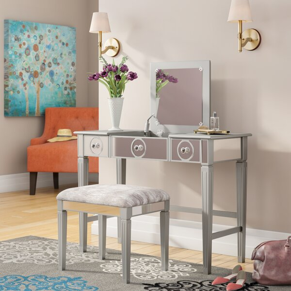 Mcclay Vanity Set with Mirror by House of Hampton