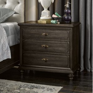 Gallaway Front 3 Drawer Nightstand by Darby Home Co