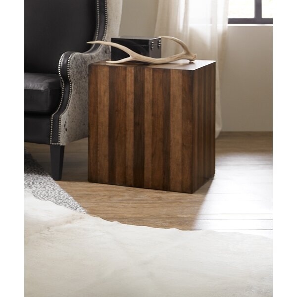 Across the Grain End Table by Hooker Furniture