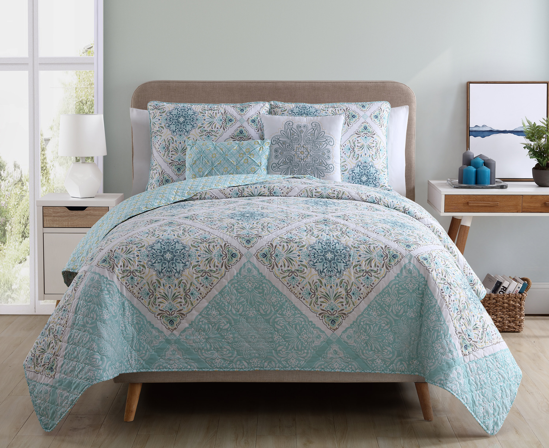 Charlton Home Nicholas Reversible Quilt Set & Reviews | Wayfair