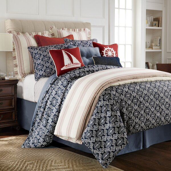 Elida Reversible Comforter Set