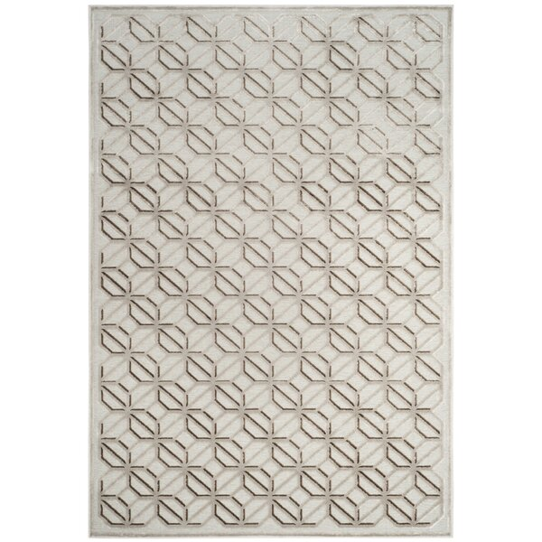 Ezzell Ivory Area Rug by Ivy Bronx