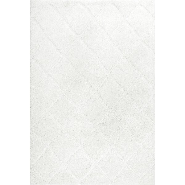 Hermione White Area Rug by House of Hampton