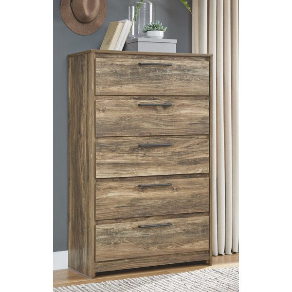 Fairfield 5 Drawer Chest by Foundry Select