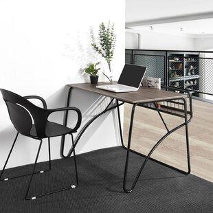 Mischa Desk