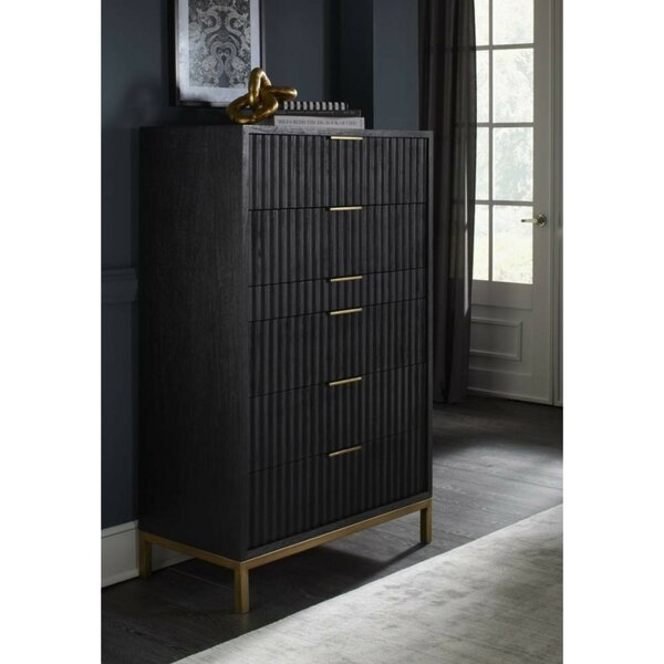 Arnoldsville Scalloped Front 6 Drawer Chest by Everly Quinn
