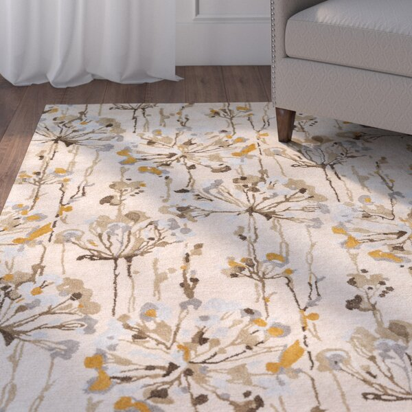 Walshville Hand-Tufted Floral and Paisley Beige/Brown Area Rug by Red Barrel Studio