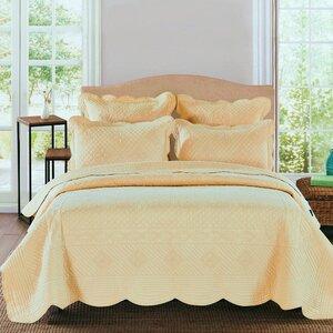 Lafollette Luxury Quilt Collection