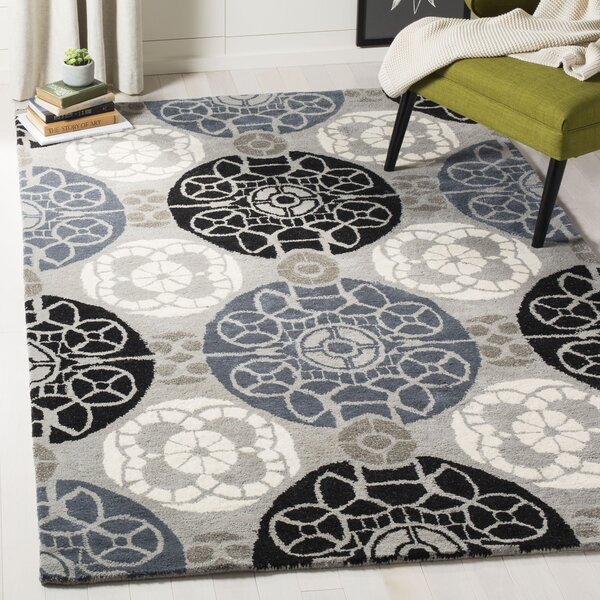 Kouerga Hand-Tufted Black/Gray Area Rug by Bungalow Rose