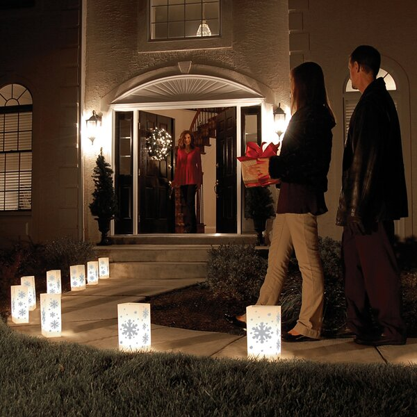 Snowflake Reusable Plastic Luminarias (Set of 12) by Luminarias