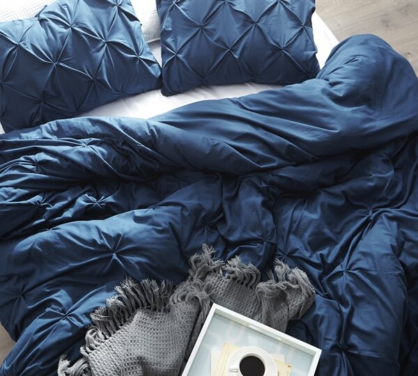 Chapell Pin Tuck Single Duvet Cover by House of Hampton