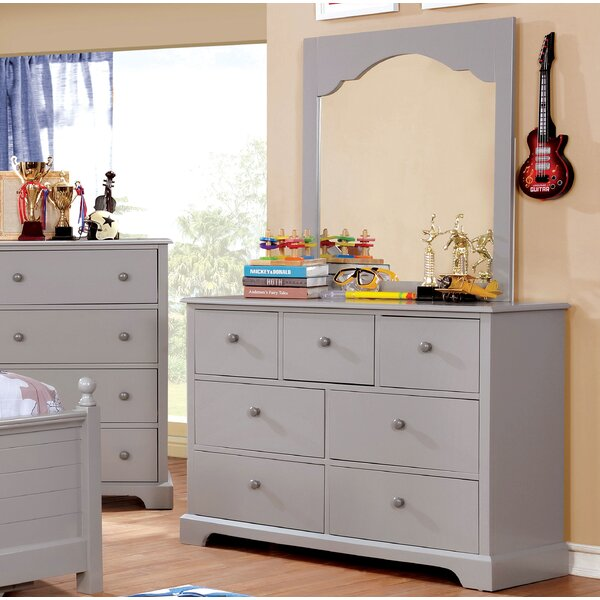 Evanoff 7 Drawer Dresser by Harriet Bee