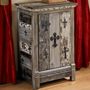 Gothic Sanctuary End Table by Design Toscano