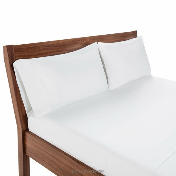 200 Thread Count Hotel Bedding Fitted Sheet by Weekender