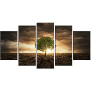 'Lonely Tree Under Dramatic Sky' 5 Piece Wall Art on Wrapped Canvas Set by Design Art