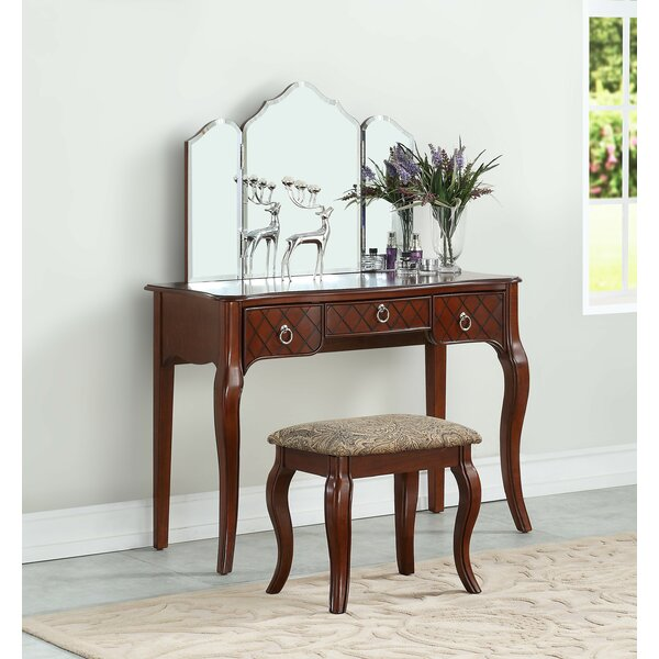 Selene Vanity Set with Mirror by Astoria Grand