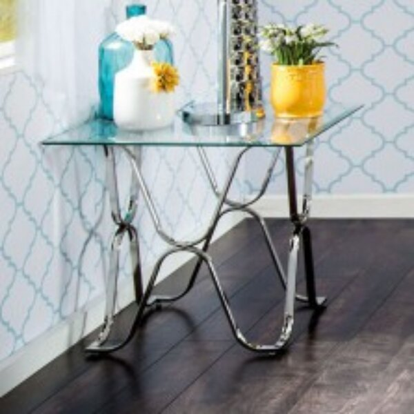 Robertsdale End Table by House of Hampton House of Hampton