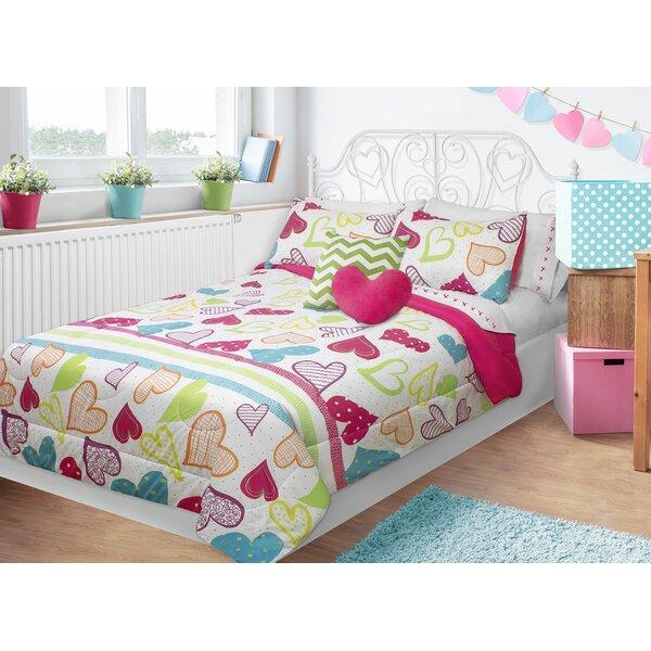 Alessandra Sweet Hearts Comforter Set by Zoomie Kids