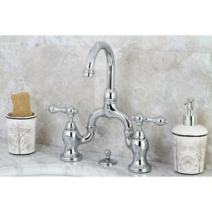 English Country Centerset Bathroom Faucet with Drain Assembly