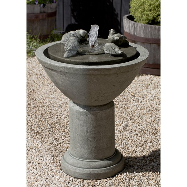 Concrete Passaros II Fountain by Campania International