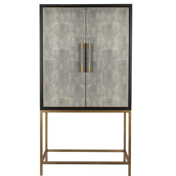 Patio Furniture Rast TV-Armoire