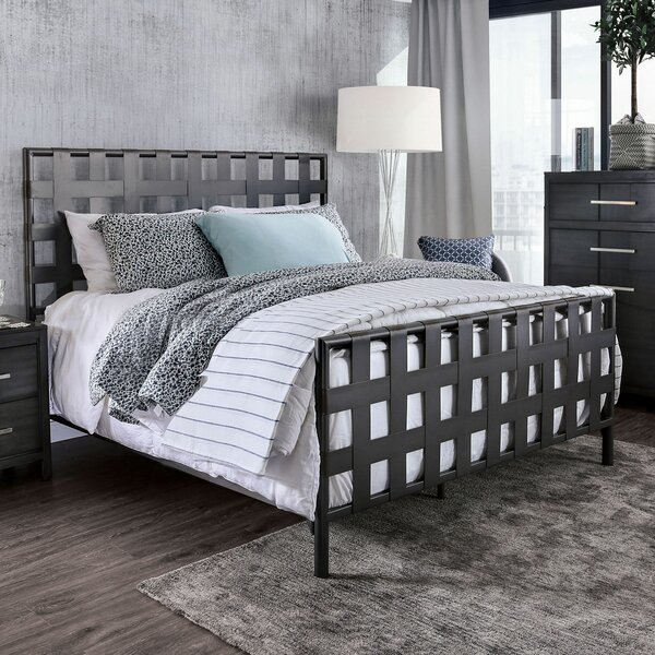 Jaime Metal Standard Bed by 17 Stories