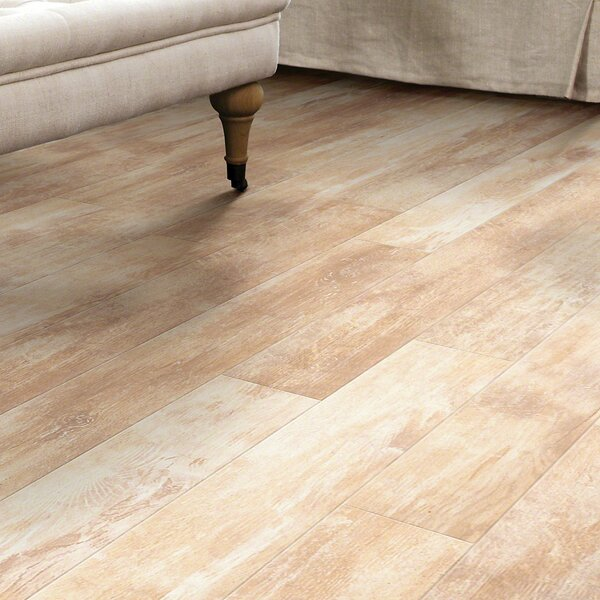 Momentous 5 x 48 x 8mm Laminate Flooring in Quintessential by Shaw Floors